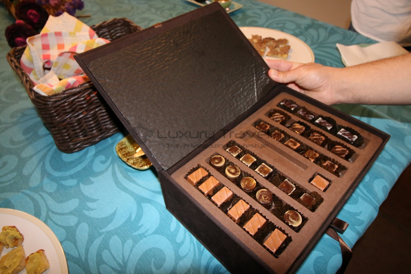 Royal_Cocoa_Company_Palace_Hotel_Chocolate_Cacau_Montemor