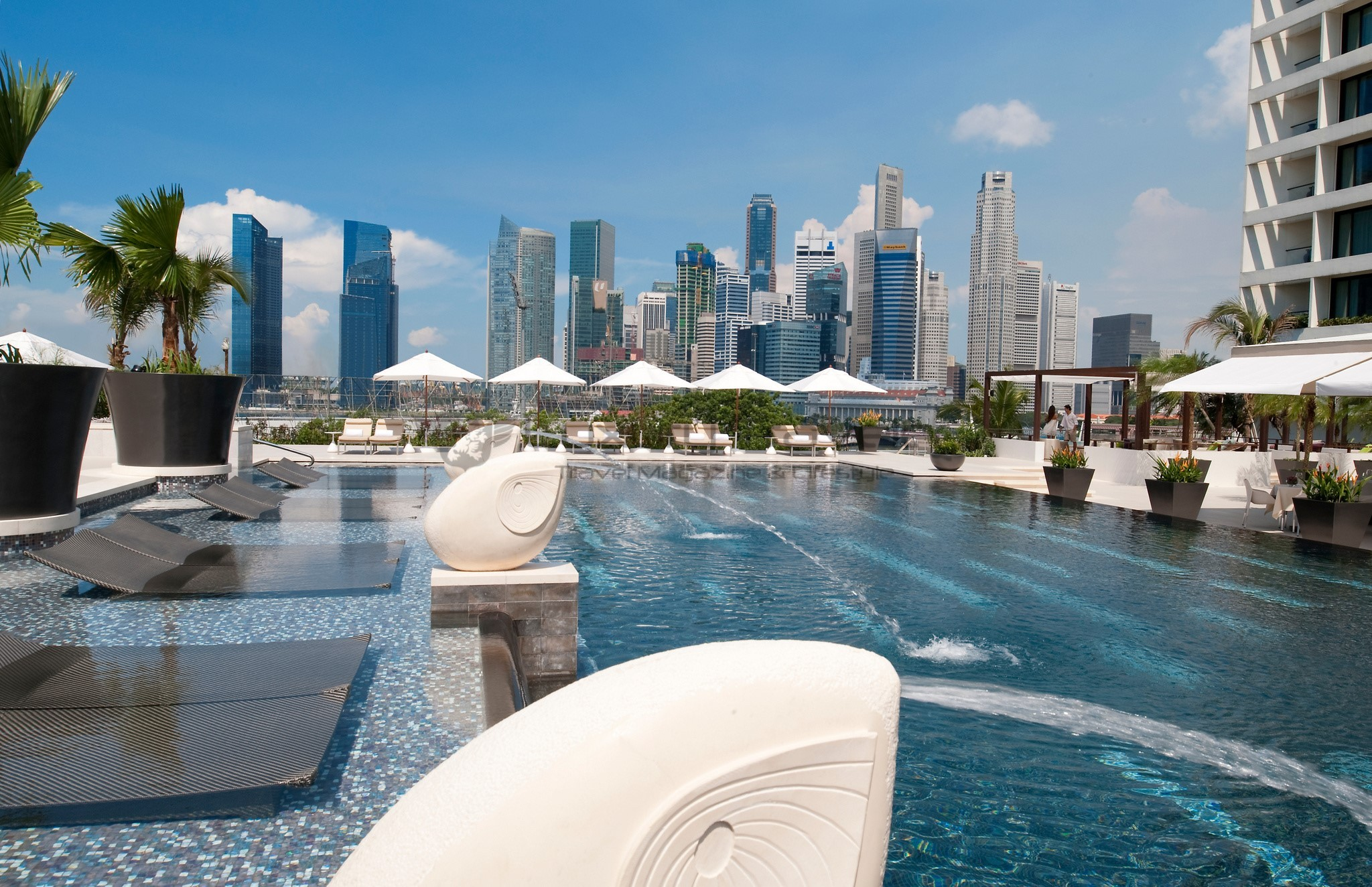 Mandarin oriental singapore luxury 5 star hotel luxury - Marina mandarin singapore swimming pool ...